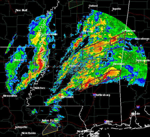 Radar Image for Severe Thunderstorms near Bay Springs, MS at 4/12/2020 5:20 PM CDT