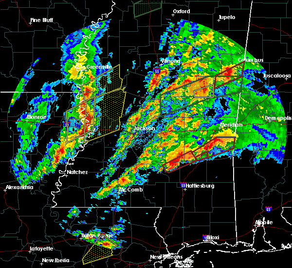 Radar Image for Severe Thunderstorms near Bay Springs, MS at 4/12/2020 5:27 PM CDT