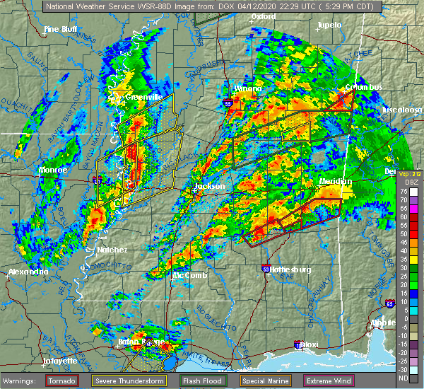 Radar Image for Severe Thunderstorms near Bay Springs, MS at 4/12/2020 5:36 PM CDT
