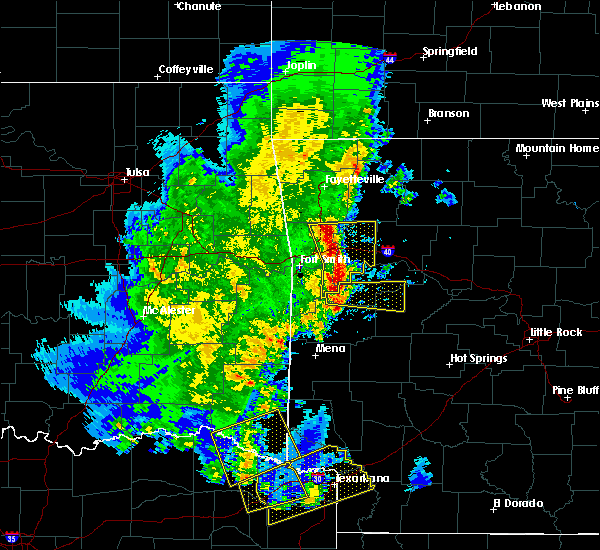 Radar Image for Severe Thunderstorms near Blue Mountain, AR at 4/12/2020 6:03 PM CDT