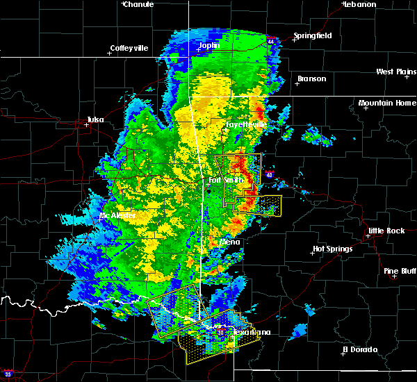 Radar Image for Severe Thunderstorms near New Blaine, AR at 4/12/2020 6:09 PM CDT
