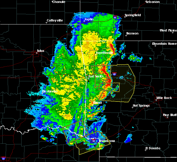 Radar Image for Severe Thunderstorms near Ratcliff, AR at 4/12/2020 6:13 PM CDT