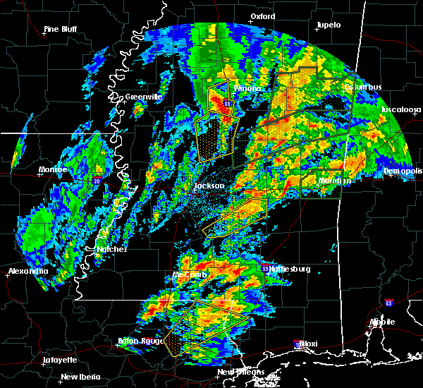 Radar Image for Severe Thunderstorms near Carrollton, MS at 4/12/2020 6:35 PM CDT