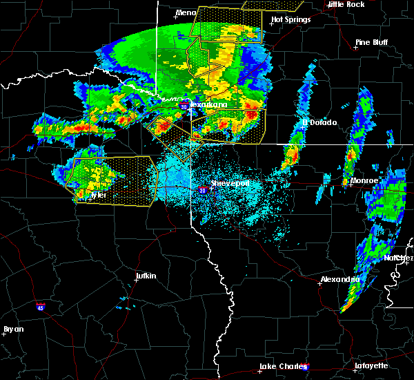 Radar Image for Severe Thunderstorms near Stamps, AR at 4/12/2020 7:07 PM CDT