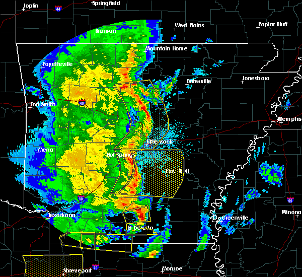 Radar Image for Severe Thunderstorms near Jerome, AR at 4/12/2020 7:59 PM CDT
