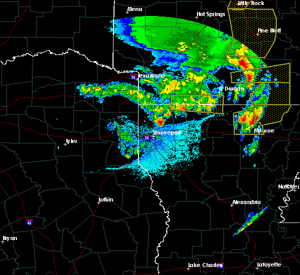 Radar Image for Severe Thunderstorms near Marion, LA at 4/12/2020 8:28 PM CDT