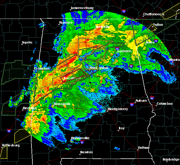 Radar Image for Severe Thunderstorms near Bessemer, AL at 4/12/2020 8:45 PM CDT