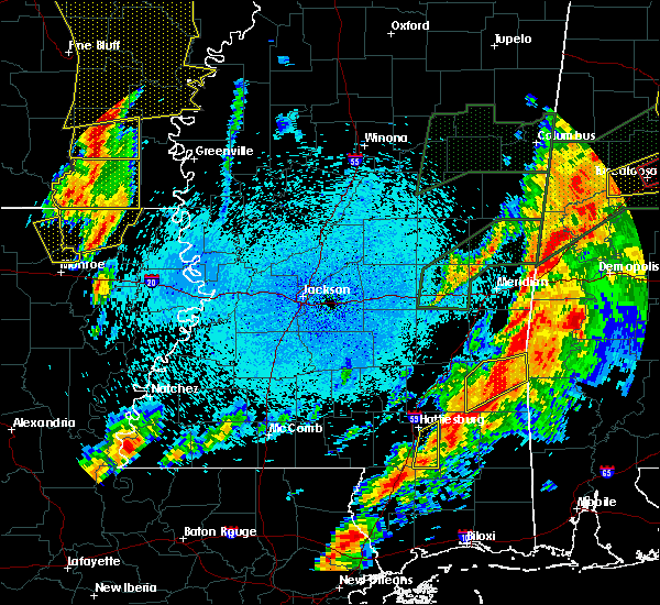 Radar Image for Severe Thunderstorms near Eudora, AR at 4/12/2020 8:47 PM CDT