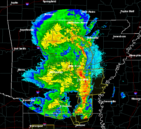 Radar Image for Severe Thunderstorms near Jerome, AR at 4/12/2020 8:46 PM CDT