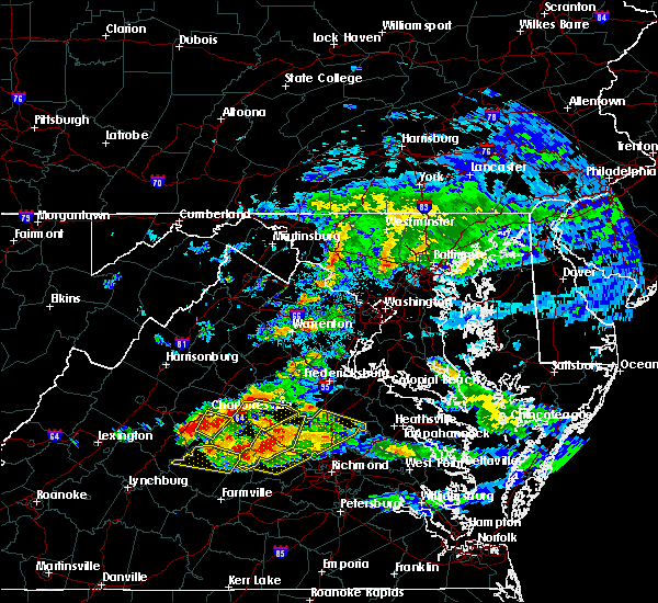 Radar Image for Severe Thunderstorms near University of Virginia, VA at 6/25/2015 8:45 PM EDT