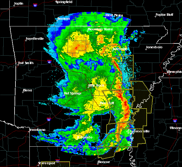 Radar Image for Severe Thunderstorms near Amagon, AR at 4/12/2020 9:18 PM CDT
