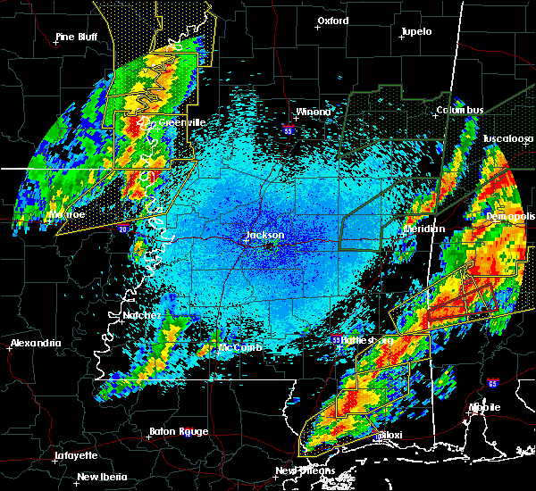 Radar Image for Severe Thunderstorms near Eudora, AR at 4/12/2020 9:22 PM CDT