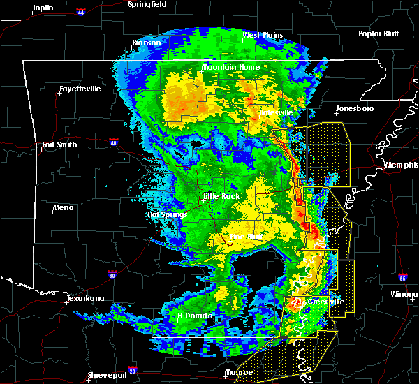 Radar Image for Severe Thunderstorms near Boyle, MS at 4/12/2020 9:32 PM CDT
