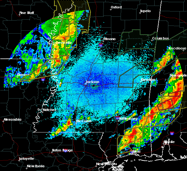 Radar Image for Severe Thunderstorms near Carrollton, MS at 4/12/2020 9:39 PM CDT