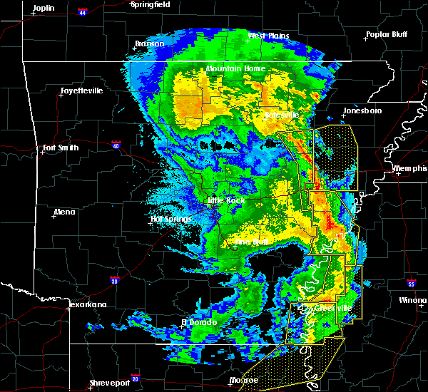 Radar Image for Severe Thunderstorms near Amagon, AR at 4/12/2020 9:41 PM CDT