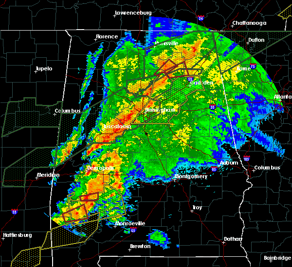 Radar Image for Severe Thunderstorms near Yellow Bluff, AL at 4/12/2020 9:41 PM CDT