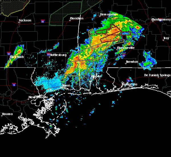 Radar Image for Severe Thunderstorms near Leakesville, MS at 4/12/2020 10:02 PM CDT