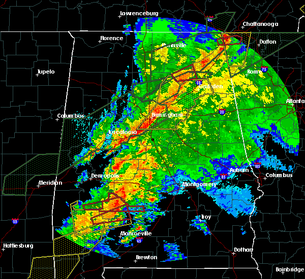 Radar Image for Severe Thunderstorms near Vincent, AL at 4/12/2020 10:03 PM CDT