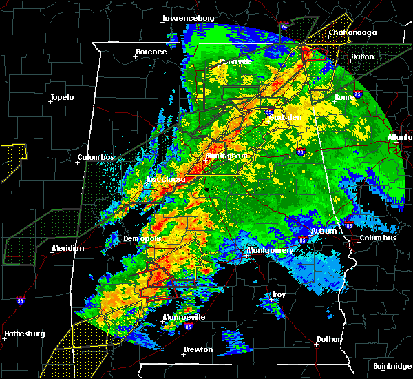 Radar Image for Severe Thunderstorms near Yellow Bluff, AL at 4/12/2020 10:07 PM CDT