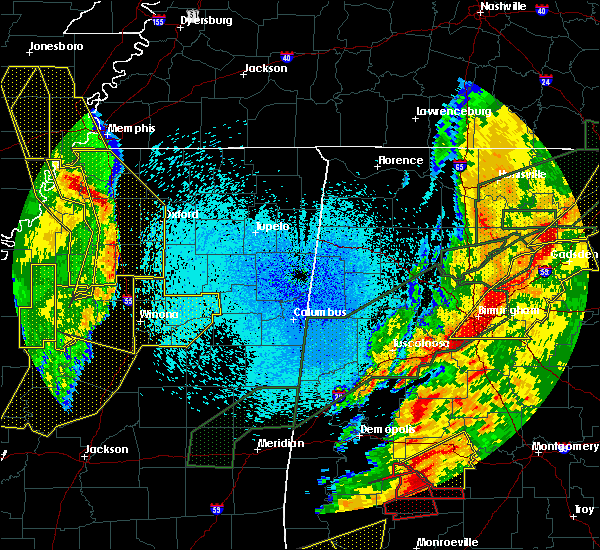 Radar Image for Severe Thunderstorms near Winona, MS at 4/12/2020 10:08 PM CDT
