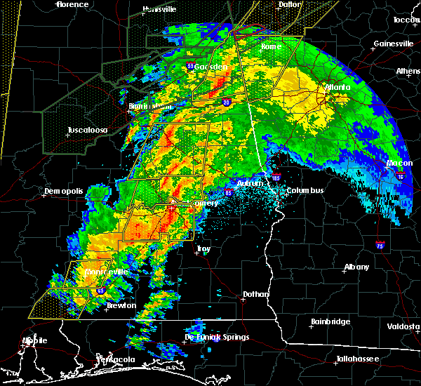 Radar Image for Severe Thunderstorms near Tallassee, AL at 4/12/2020 11:18 PM CDT
