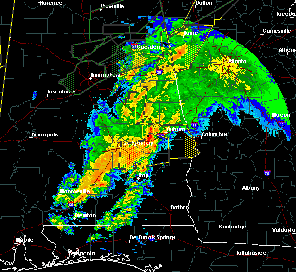Radar Image for Severe Thunderstorms near Tallassee, AL at 4/12/2020 11:54 PM CDT