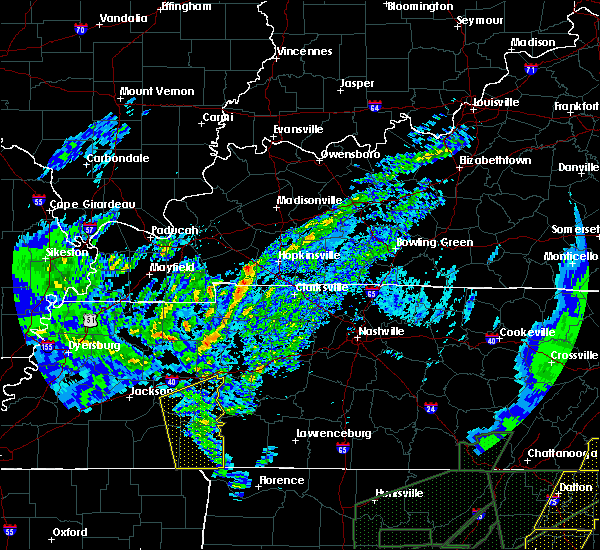 Radar Image for Severe Thunderstorms near Scotts Hill, TN at 4/12/2020 11:57 PM CDT