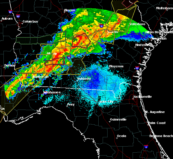 Radar Image for Severe Thunderstorms near Ty Ty, GA at 4/13/2020 5:33 AM EDT