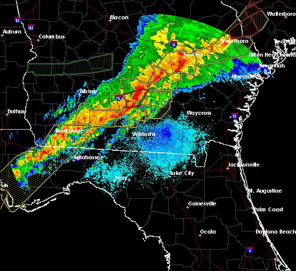 Radar Image for Severe Thunderstorms near Hazlehurst, GA at 4/13/2020 6:19 AM EDT