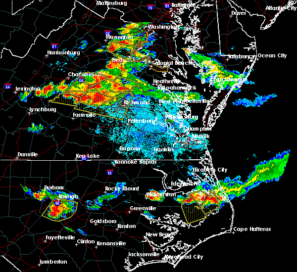 Radar Image for Severe Thunderstorms near Yogaville, VA at 6/25/2015 9:25 PM EDT