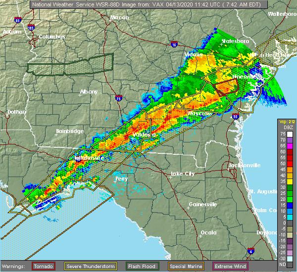 Radar Image for Severe Thunderstorms near Homerville, GA at 4/13/2020 7:55 AM EDT