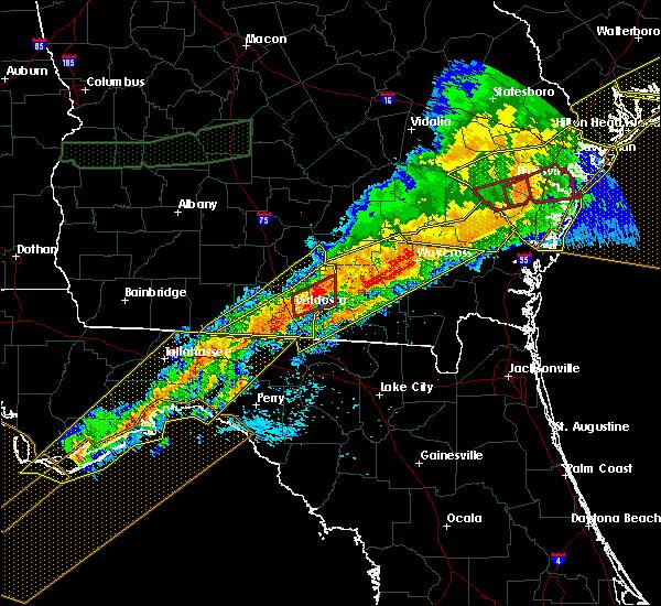 Radar Image for Severe Thunderstorms near Valdosta, GA at 4/13/2020 7:59 AM EDT