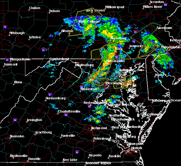 Radar Image for Severe Thunderstorms near Cockeysville, MD at 4/13/2020 2:03 PM EDT