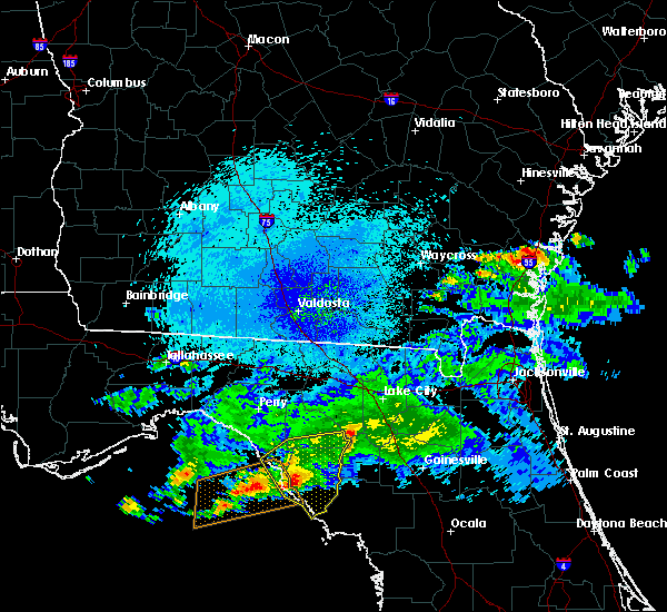 Radar Image for Severe Thunderstorms near Cross City, FL at 4/14/2020 10:23 PM EDT