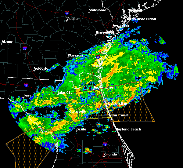 Radar Image for Severe Thunderstorms near Flagler Estates, FL at 4/15/2020 1:17 PM EDT