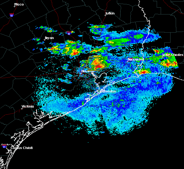 Radar Image for Severe Thunderstorms near Liberty, TX at 4/18/2020 5:43 PM CDT