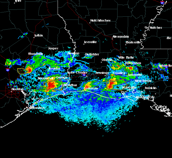 Radar Image for Severe Thunderstorms near Vidor, TX at 4/18/2020 6:43 PM CDT