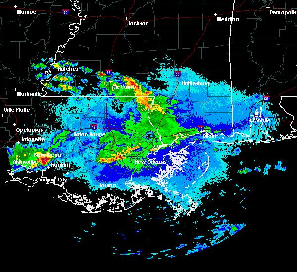 Radar Image for Severe Thunderstorms near Gretna, LA at 4/18/2020 9:38 PM CDT