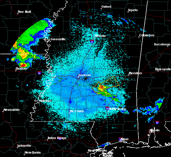 Radar Image for Severe Thunderstorms near Bay Springs, MS at 4/19/2020 12:07 AM CDT