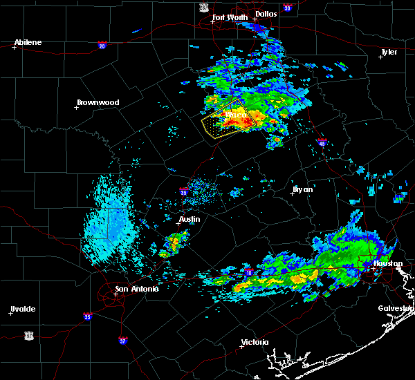 Radar Image for Severe Thunderstorms near Woodway, TX at 4/19/2020 8:18 AM CDT