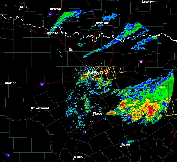 Radar Image for Severe Thunderstorms near McLendon-Chisholm, TX at 4/19/2020 10:17 AM CDT