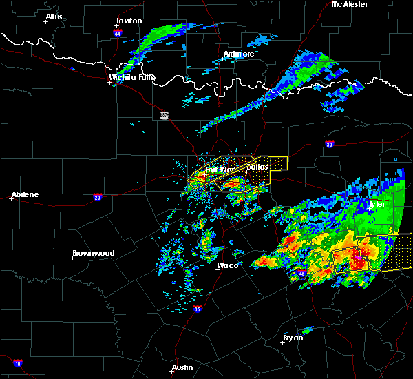 Radar Image for Severe Thunderstorms near Irving, TX at 4/19/2020 10:22 AM CDT