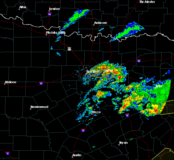 Radar Image for Severe Thunderstorms near Kaufman, TX at 4/19/2020 10:56 AM CDT