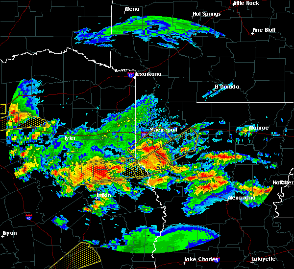Radar Image for Severe Thunderstorms near Center, TX at 4/19/2020 11:15 AM CDT
