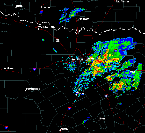 Radar Image for Severe Thunderstorms near Frankston, TX at 4/19/2020 11:37 AM CDT