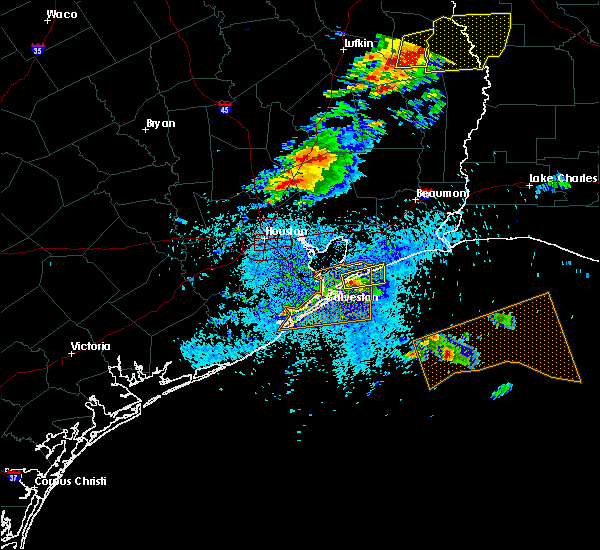 Radar Image for Severe Thunderstorms near Bolivar Peninsula, TX at 4/19/2020 4:02 PM CDT