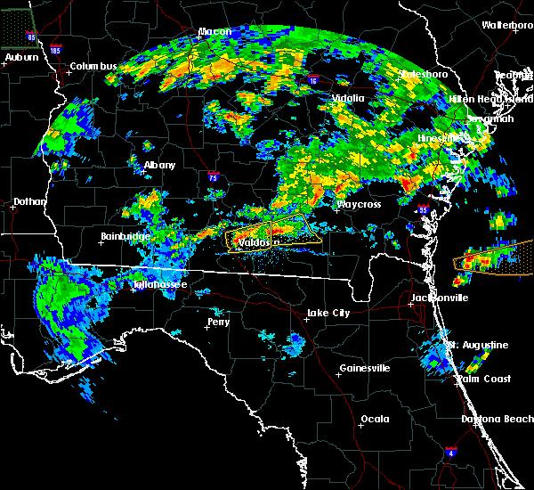 Radar Image for Severe Thunderstorms near Valdosta, GA at 4/19/2020 6:30 PM EDT