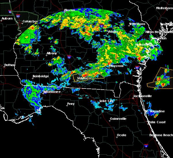Radar Image for Severe Thunderstorms near Homerville, GA at 4/19/2020 6:48 PM EDT