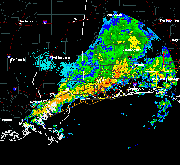 Radar Image for Severe Thunderstorms near Whitfield, FL at 4/19/2020 11:44 PM CDT