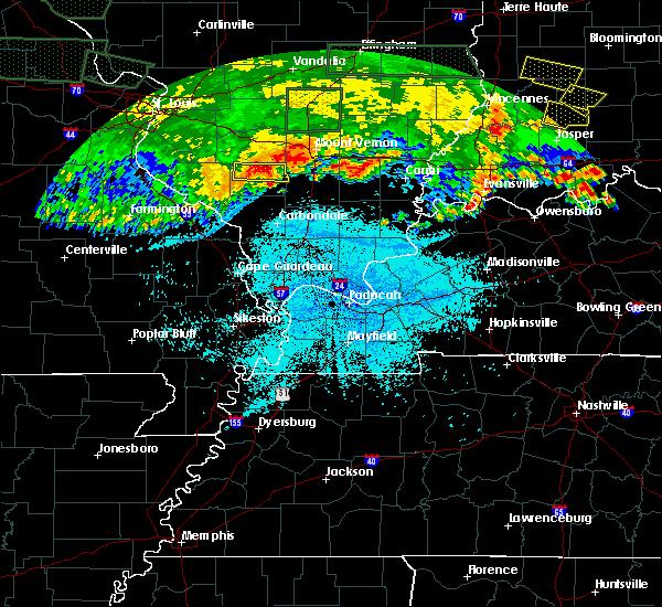 Radar Image for Severe Thunderstorms near Pinckneyville, IL at 6/25/2015 11:09 PM CDT